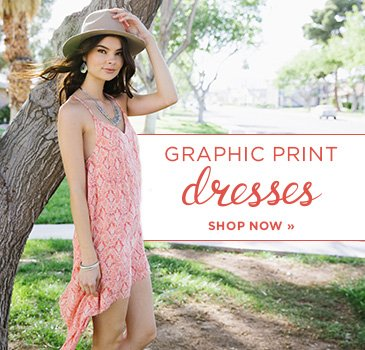 SP- Juniors Graphic Print Dresses