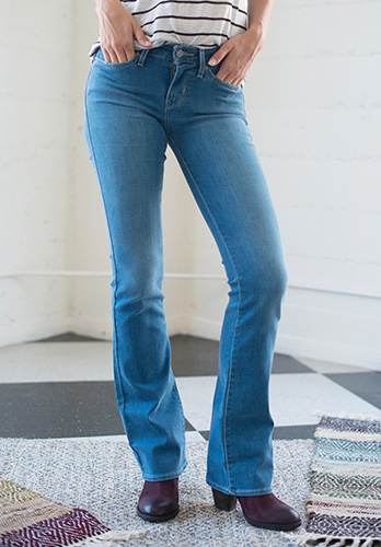 Women's Boot Cut Jeans Outfit