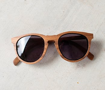 Wooden Oval Frame Sunglasses