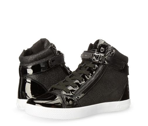 B 10/17 - Shop New Juniors Footwear