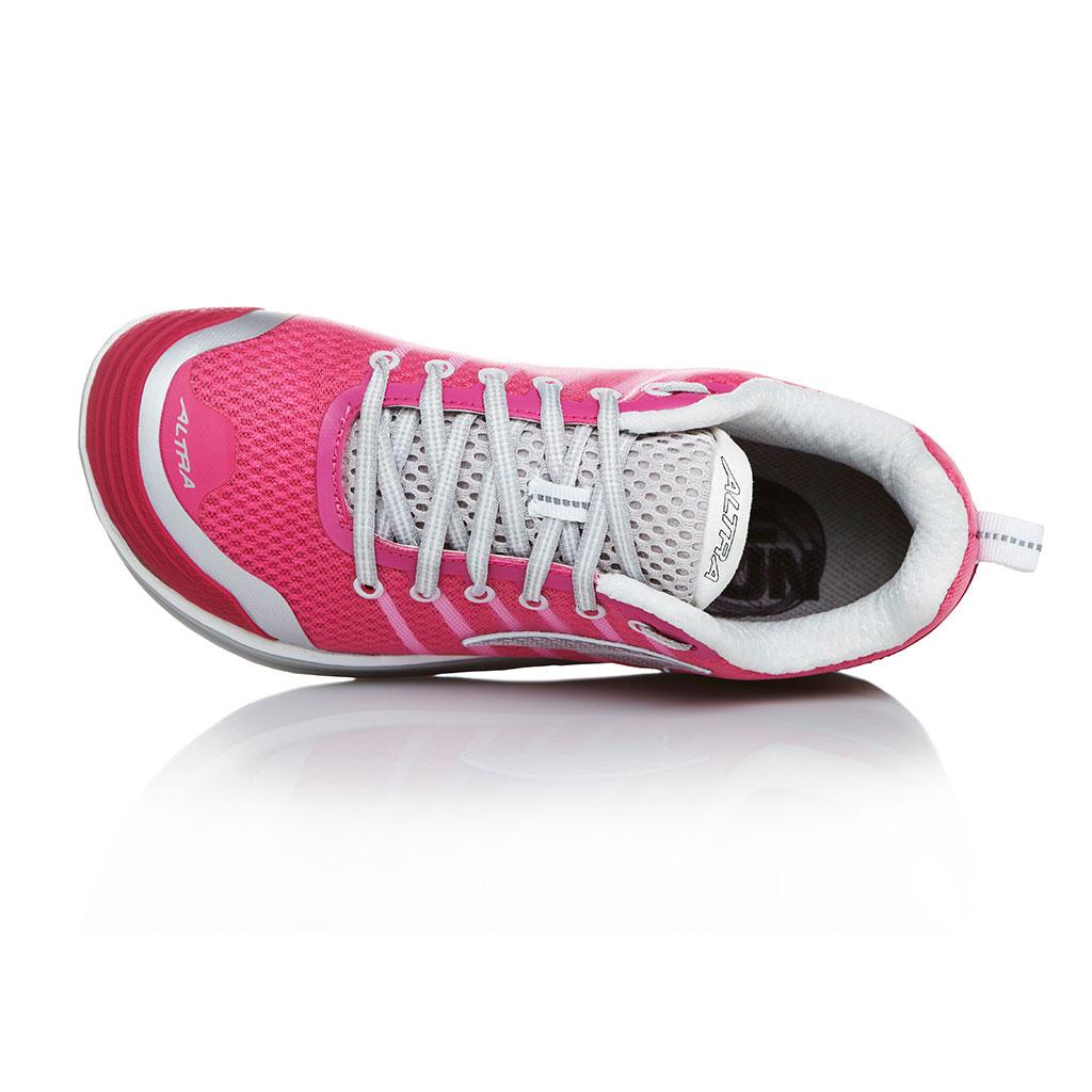 Amazon.com | Altra Women's Intuition 2 Running Shoe | Road