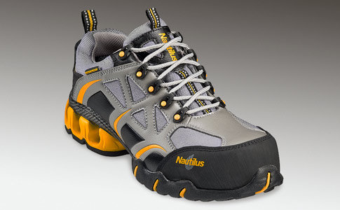 Nautilus Mens Steel Toe Athletic Sneakers