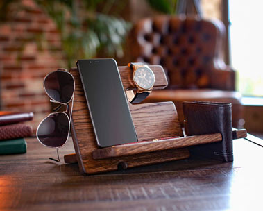 Small wooden table cellphone and accessories holder