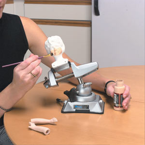 Using the PanaVise 381 vacuum base holding tool for arts and crafts while attached to a table