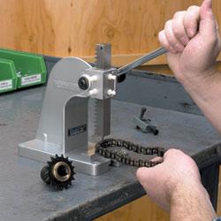 Using the PanaVise 502 precision PanaPress repair chain links