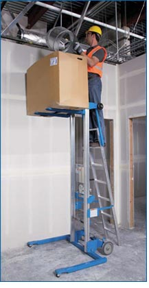 Genie GL-8 Material Lift with Aluminum Straddle Base Lifestyle Shot
