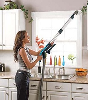 Amazon Com Eureka Complete Clean Bagless Canister Vacuum