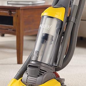 Amazon Com Eureka Lightspeed Upright Vacuum Bagless