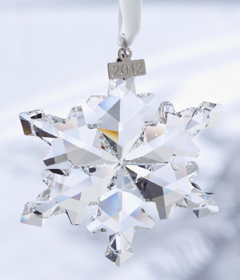 cfacd1801 Amazon.com: Swarovski 2012 Annual Edition Crystal Snowflake Ornament ...