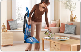 <strong>Hoover</strong> Quick and Light - Compact Convenience