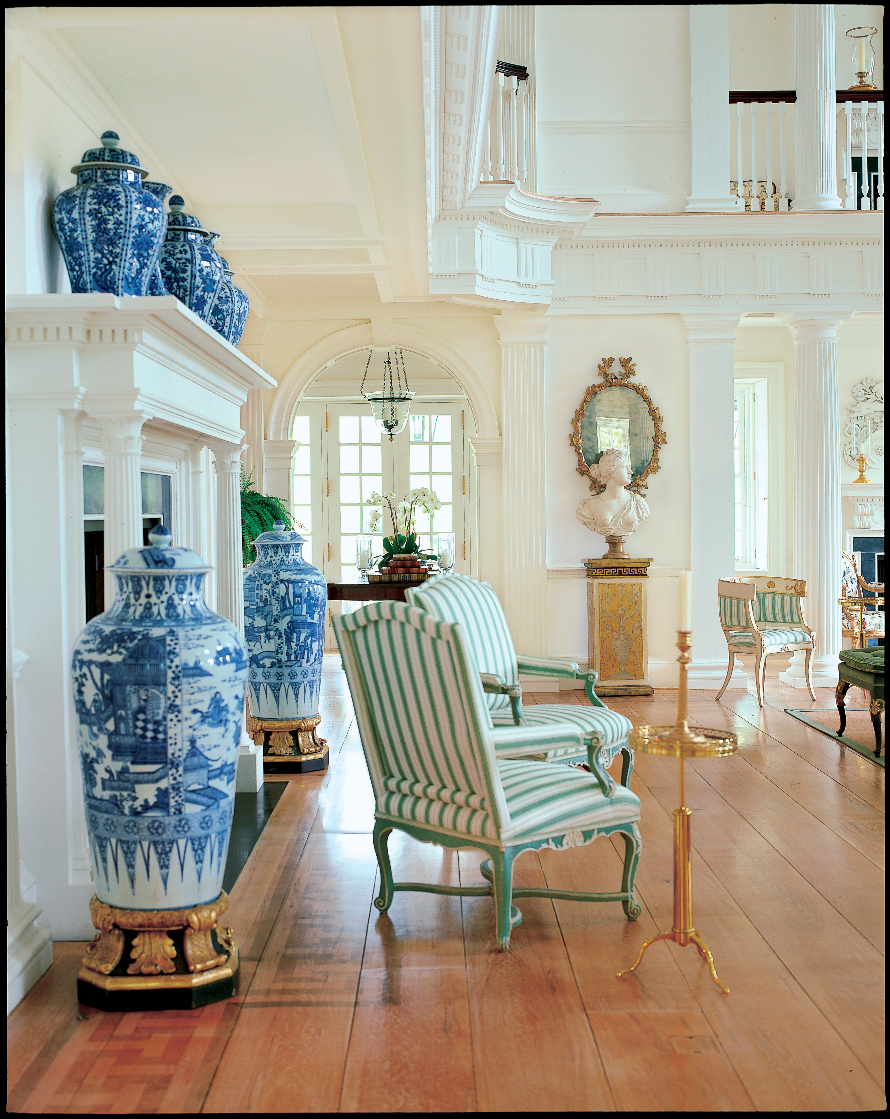 Queen Anne Dining Room A Passion For Blue And White Carolyne Roehm