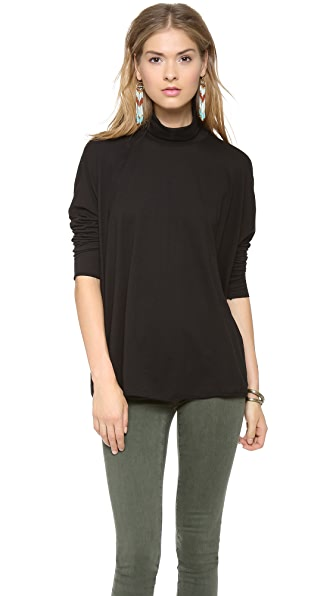 AG Boxy Turtleneck