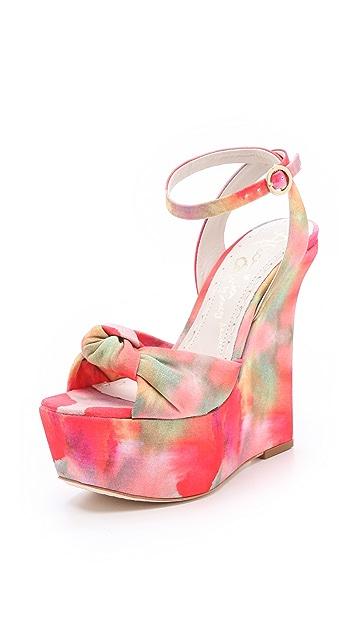 alice + olivia Ilise Knot Print Sandals