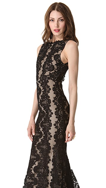 alice + olivia Jae Sleeveless Gown