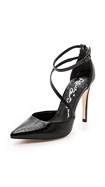 alice + olivia Delia Pumps