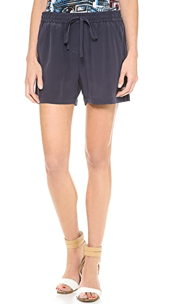 Ami Dans La Rue The Allison Shorts