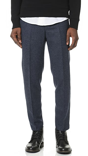 AMI Button Fly Carrot Fit Trousers