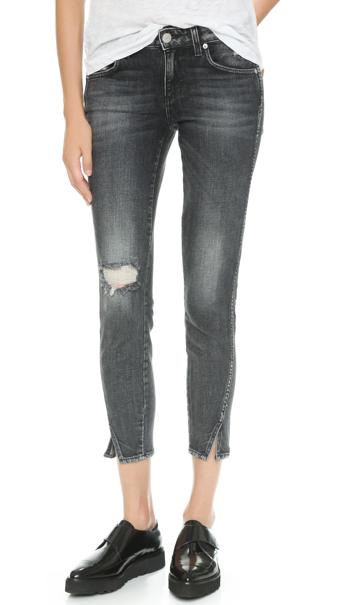 AMO Twist Skinny Ankle Jeans In Vixen