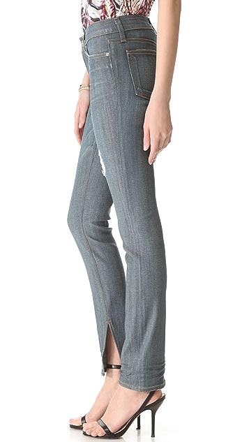 A.N.D. Jackson 250 Wears Skinny Jeans