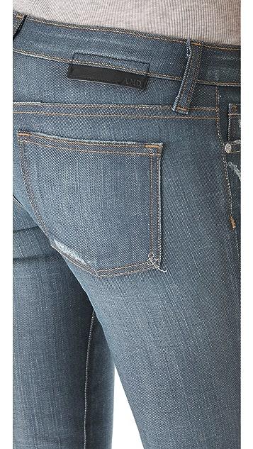 A.N.D. Carter 250 Wears Slim Boyfriend Jeans