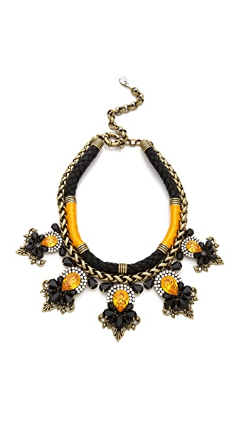 AUDEN Amelia Necklace