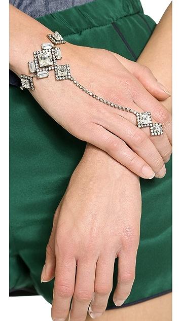 AUDEN Crystal Hand Chain