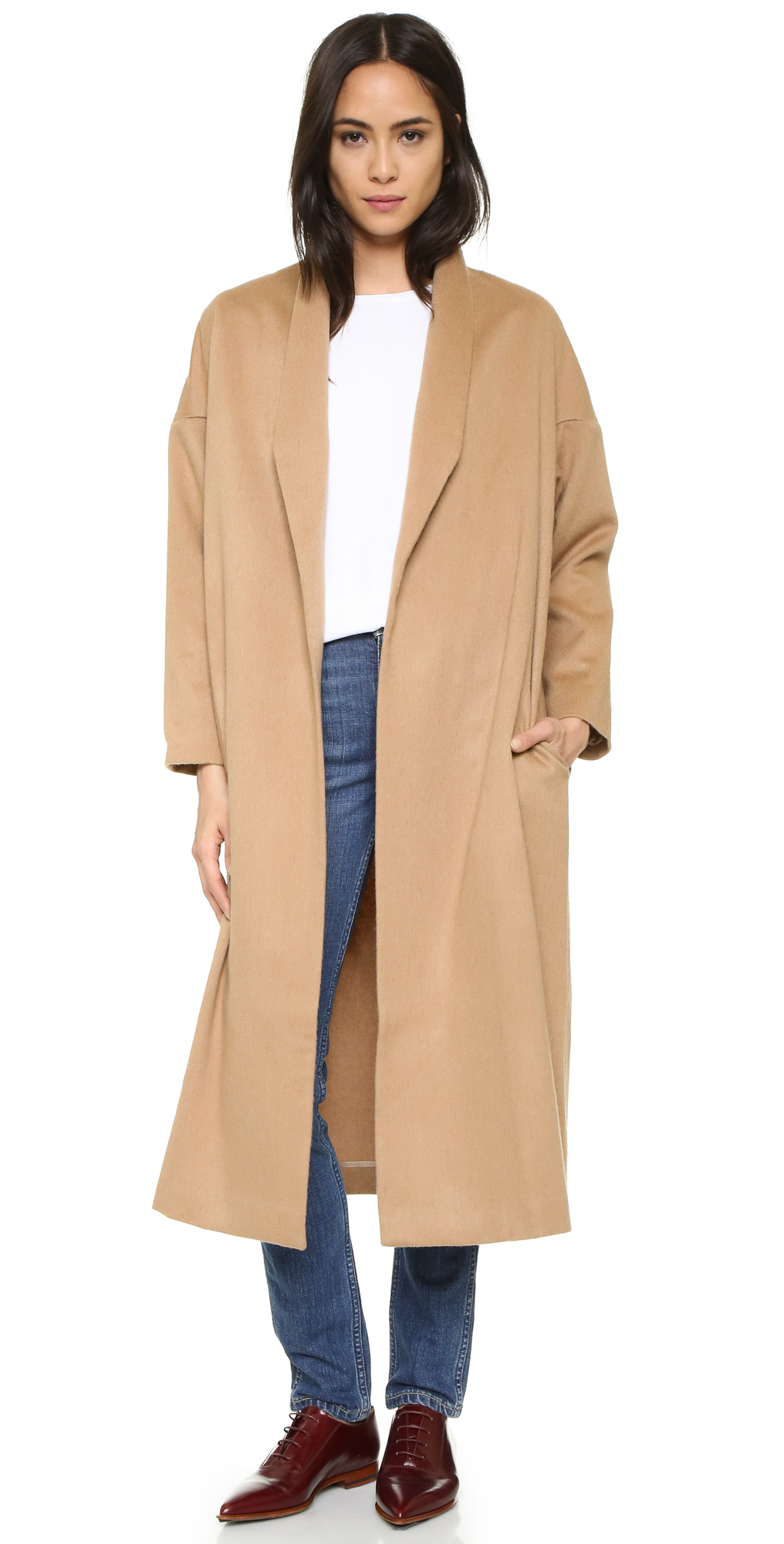 The Robe Coat AYR