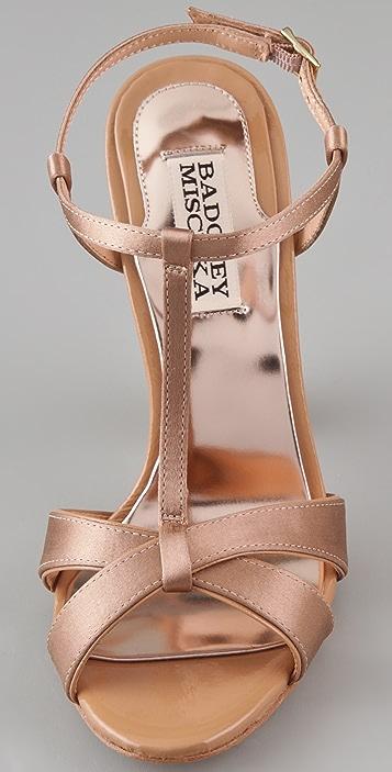 Badgley Mischka Jenie T Strap Sandals