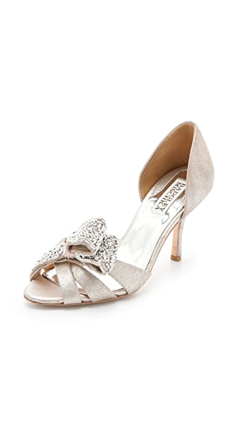 Badgley Mischka Vita Bow Pumps