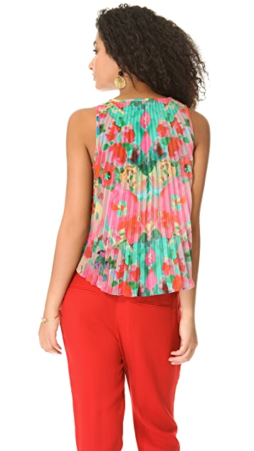 BB Dakota Helaine Watercolor Pleated Top