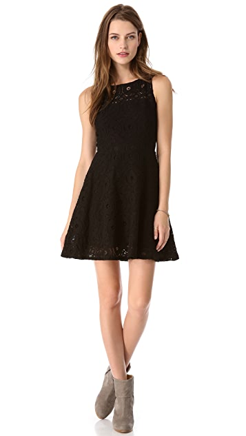 BB Dakota Renley Sleeveless Lace Dress