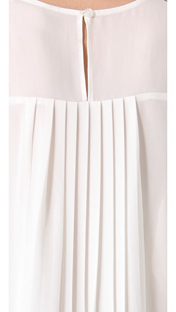 BB Dakota Dana Pleated Back Blouse