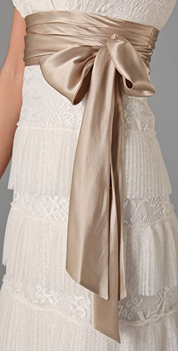 BCBGMAXAZRIA Carly Layered Lace Gown