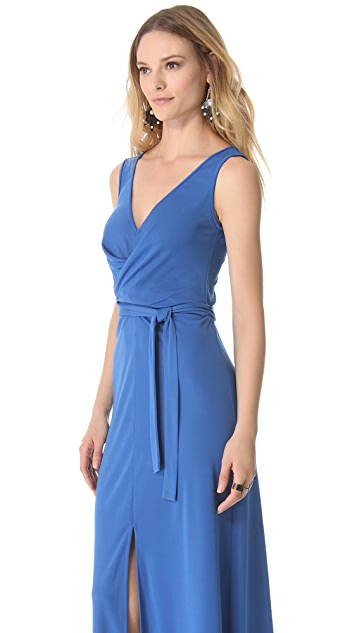 BCBGMAXAZRIA Sleeveless Slit Dress