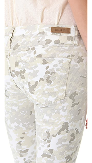 Blank Denim Camo Print Capri Pants