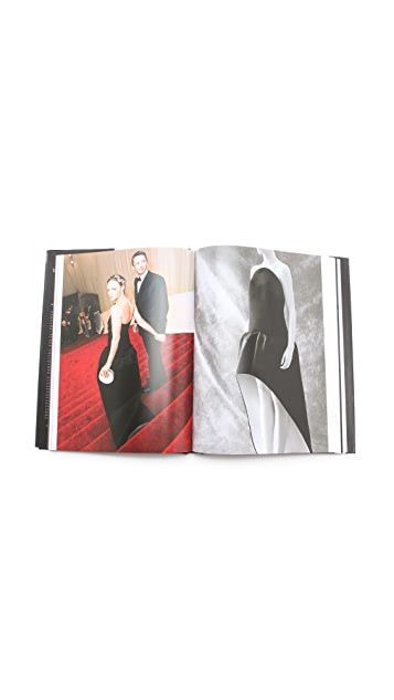 Books with Style Little Black Dress