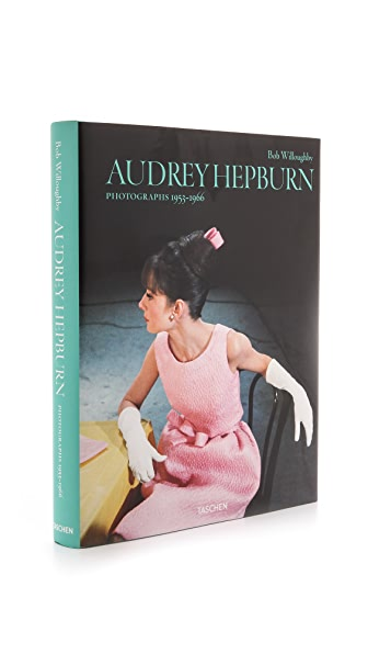 Books with Style Audrey Hepburn: Photographs 1953-1966 - No Color