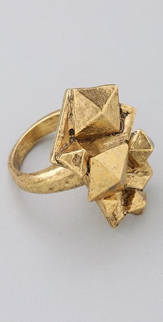 Bop Bijoux Pyramid Ring