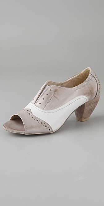 Boutique 9 Bailar Open Toe Oxfords