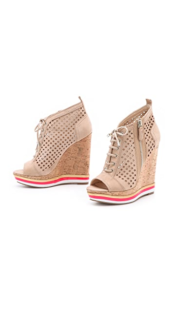 Boutique 9 Gogetter Wedge Booties