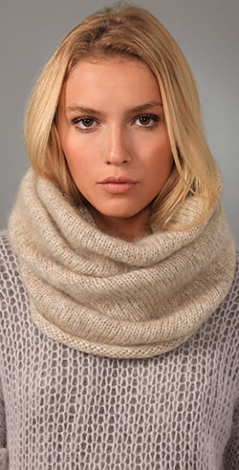 By Malene Birger Aslo Scarf