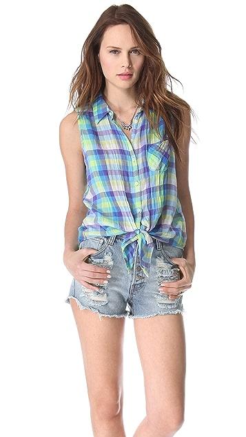 C&C California Tie Front Sleeveless Shirt