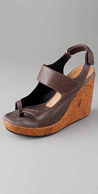 Chie Mihara Shoes Daudau Wedge Thong Sandals