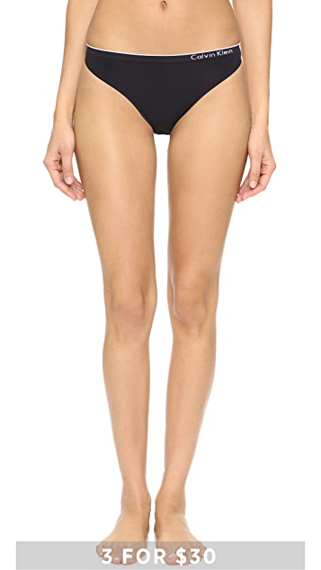 Calvin Klein Underwear Seamless Thong