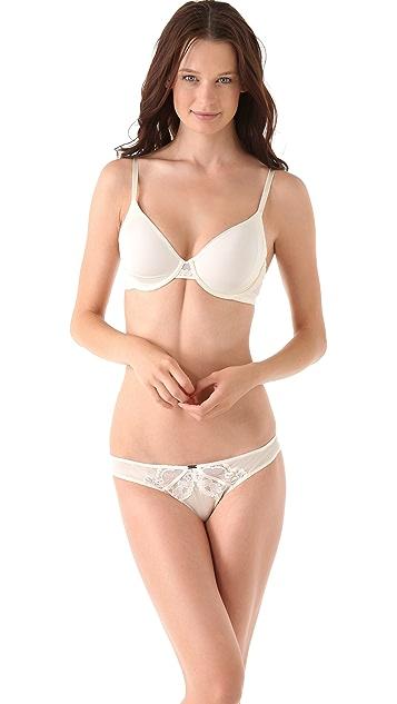 Calvin Klein Underwear Seductive Comfort Underwire Bra