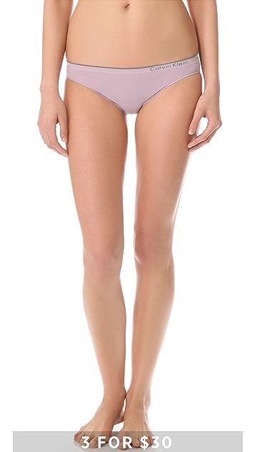 Calvin Klein Underwear Seamless Classic Bikini Briefs