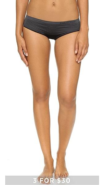 Calvin Klein Underwear ��������� ������� � ������ ������ � ���������� ��������