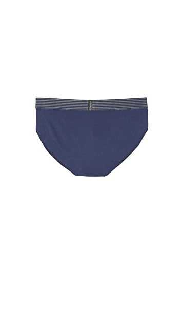 Calvin Klein Underwear Iron Strength Hip Briefs