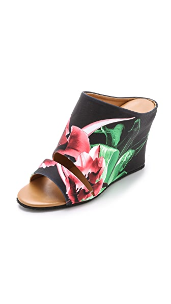 Kupi Clover Canyon online i prodaja Clover Canyon Silent Flower Black Wedge Mules Multi haljinu online