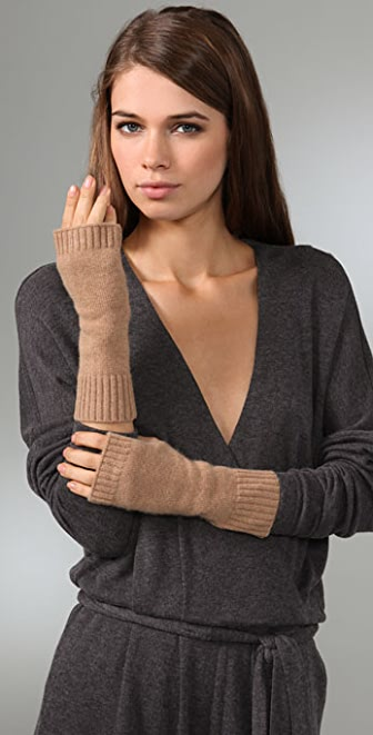 Club Monaco Tia Cashmere Gloves